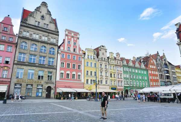 Best Things to Do in Gdansk Poland cobblestone streets of old town