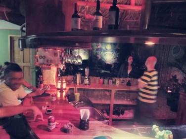 Welcome Drink im Hostel Backpackers La Fortuna