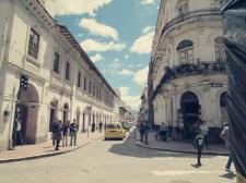 Am Plaza Abdon Calderon