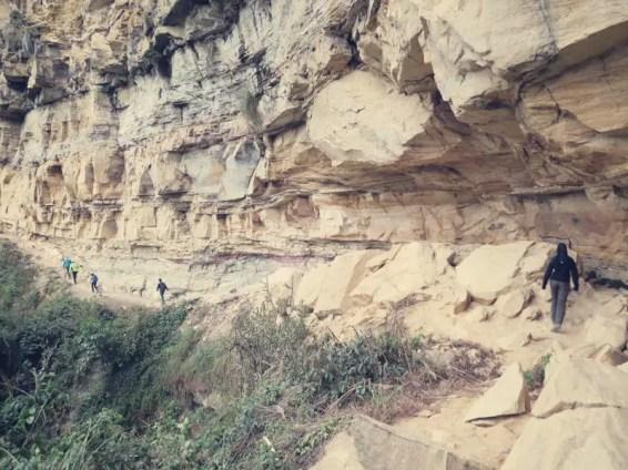 Der Weg zu den Sarcófagos de Karajía