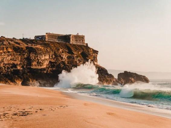 Portugal-Roadtrip-Praia-du-Norte