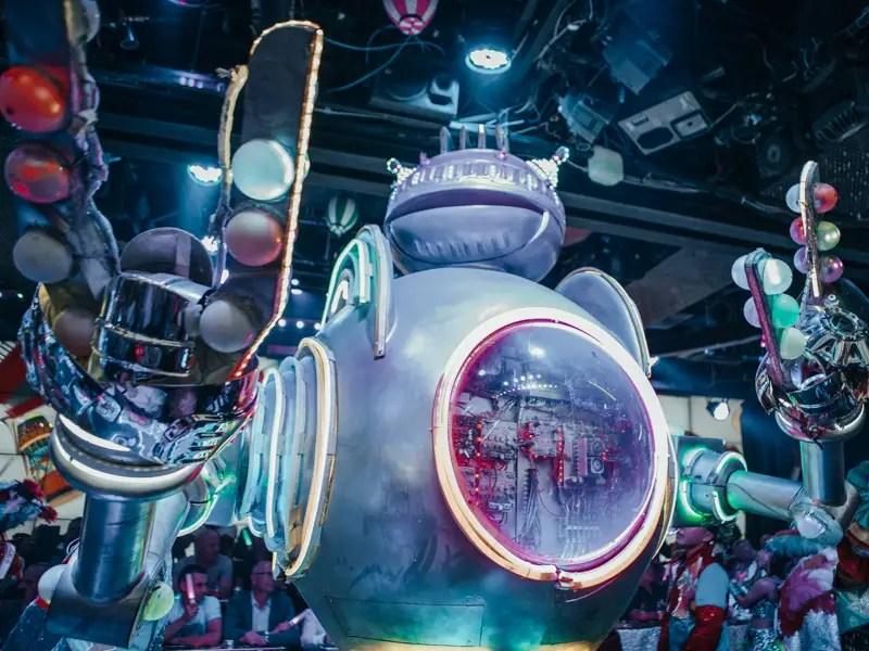 ROBOT RESTAURANT – Tokio Reisetipps und Sehenswürdigkeiten in 3 Tagen