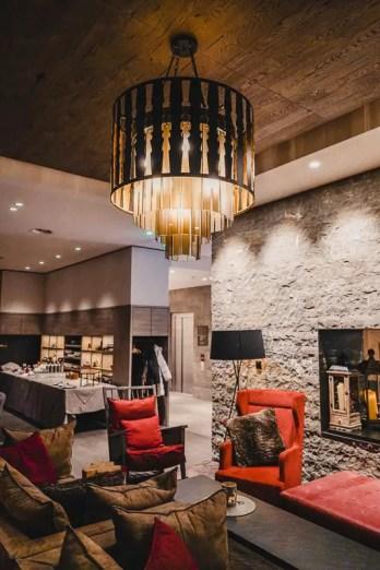 Die Lobby des Ameron Hotel Davos