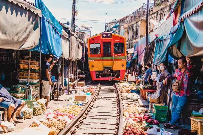 Bangkok Sehenswürdigkeiten Maeklong