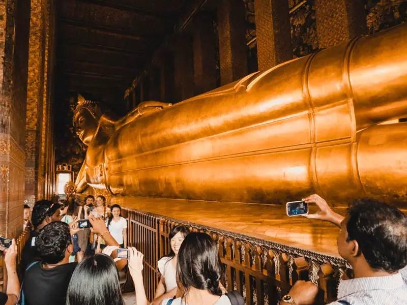 Bangkok Sehenswürdigkeiten Wat Pho liegender Buddha