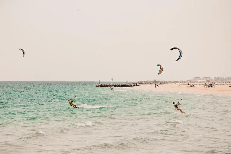 Dubai Aktivitäten Ausflüge kite beach