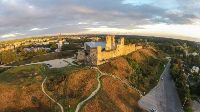 estland_rakvere-castle_DJI00846