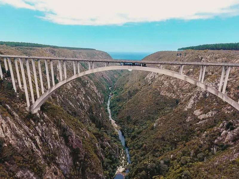 Bloukrans Bungee Brücke – Südafrika Highlights, Sehenswürdigkeiten & Reisetipps