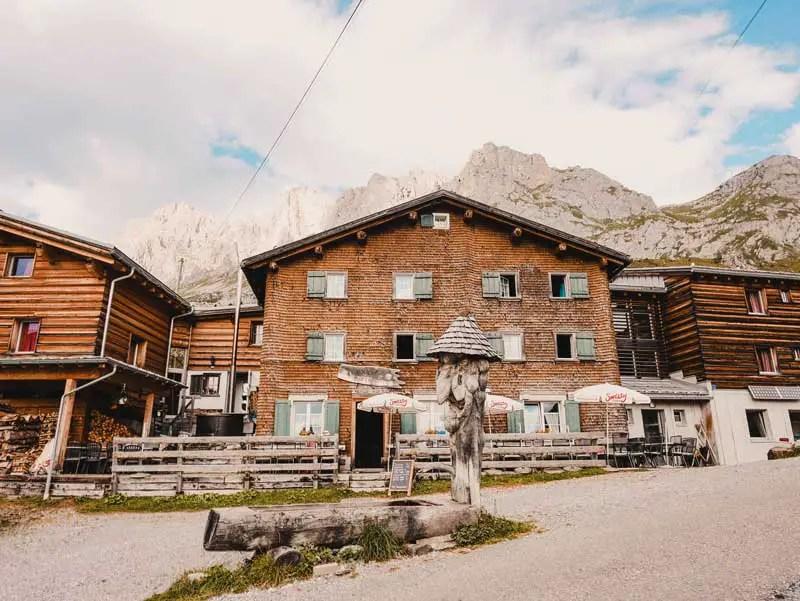 Berghaus Sulzfluh Prättigauer Höhenweg