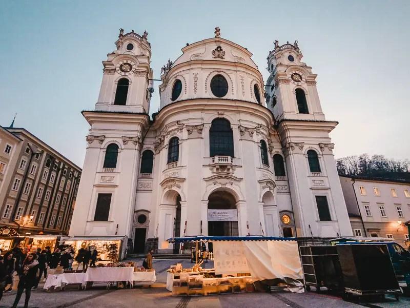 Kollegienkirche – Salzburg Sehenswürdigkeiten im Winter