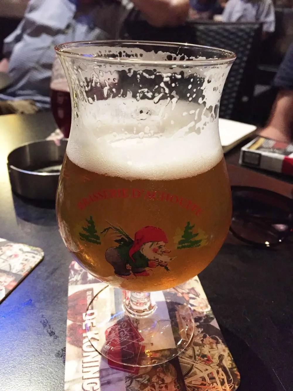 belgisches bier la-chouffe