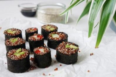 neun Sushi Rolls