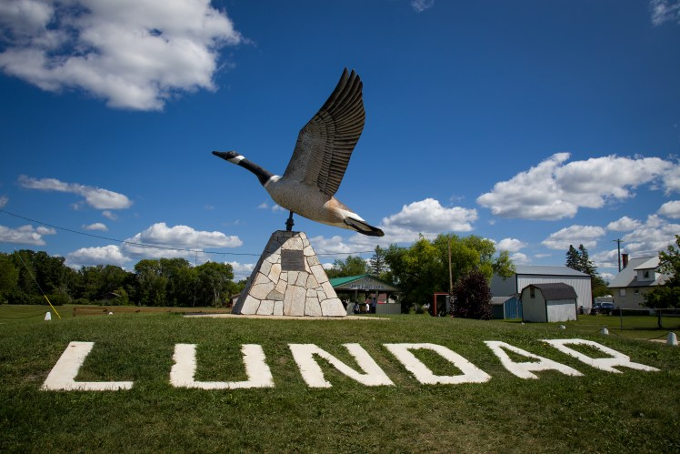 The Lundar Canadian Goose Giant Statue of Manitoba.