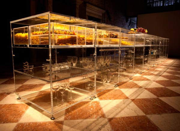 infinity-kitchen-transparent-mvrdv-translucent-transparent-venice-biennale-2016-living-home-environment-future-exploration_dezeen_936_5