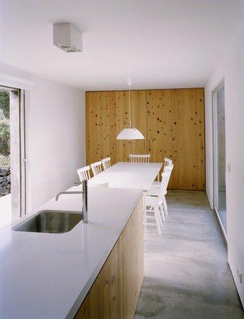 ignant_arch_upgrade_AMI-Arquitectos_PauloCatrica_002-1-1050x1375