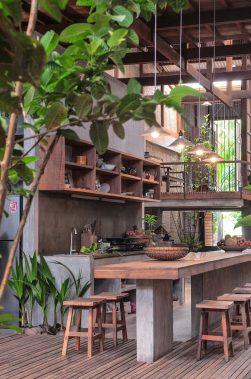 iGNANT_Architecture_House_In_Chau_Doc_NISHIZAWAARCHITECTS_13-1050x1581