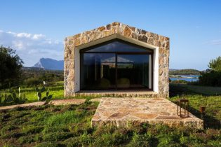 architecture-stazzodaldiahouse-altromodoarchitetcts-03-1440x960