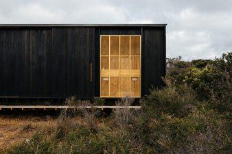 architecture-taylor-hinds-krakani-lumi-008-1440x960