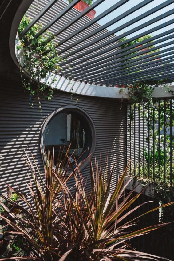 architecture-neogenesis-studi0261-jungalow-house-07-720x1078