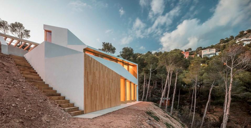 5am-arquitectura-house-in-tamariu-10