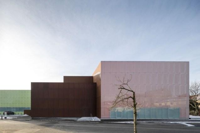 domus-theatre-00
