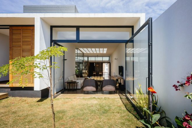 architecture-ownerless-house-01-vao-11-1440x960