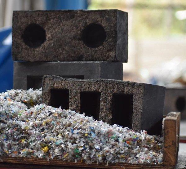 SILICA PLASTIC BLOCKS