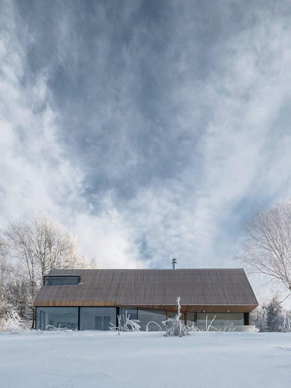 HOUSE in KRKONOŠE, a project by Fránek Architects