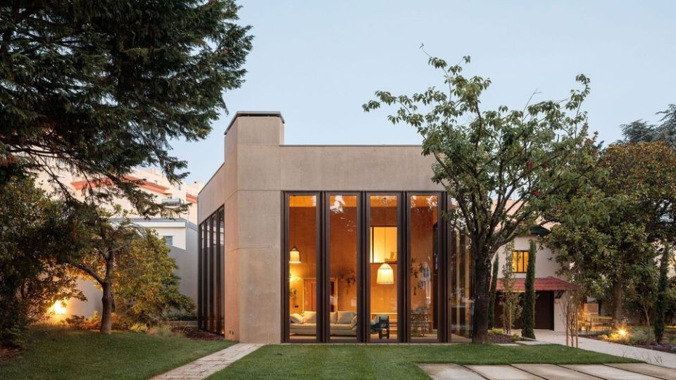 HOUSE 2 by Ricardo Bak Gordon