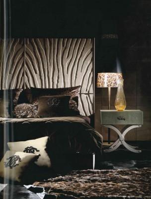 pelle- leather- leather tuscany- pelle texture-materiali-materials- luxury- lusso- arredo-furniture-furnishing- cantu- arredamento-complementi-complementi d'arredo CAVALLI-ROBERTO CAVALLI INTERIORS-WEVUG-GRANDI NOMI PER INTERNI-GL8_005