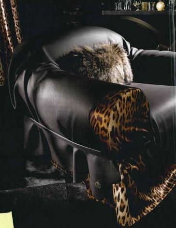 pelle- leather- leather tuscany- pelle texture-materiali-materials- luxury- lusso- arredo-furniture-furnishing- cantu- arredamento-complementi-complementi d'arredo CAVALLI-ROBERTO CAVALLI INTERIORS-WEVUG-GRANDI NOMI PER INTERNI-GLA_003