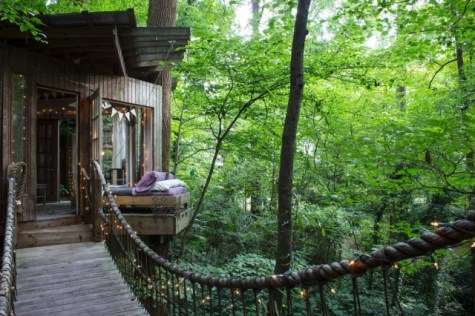 Secluded-Intown-Treehouse_9-640x426