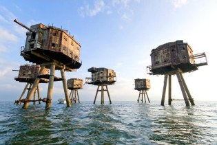 Maunsell Forts, Thames Estuary