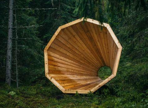 darlin_giant-wooden-megaphones-4