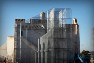 Linstallazione-di-Edoardo-Tresoldi-per-la-Basilica-paleocristiana-di-Siponto-©-Giacomo-Pepe-3