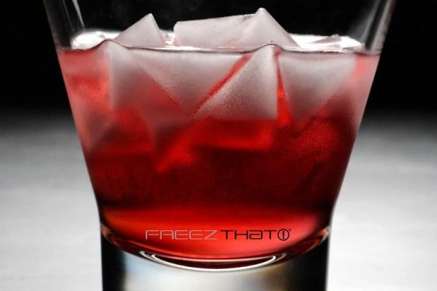ice-cube-tray_070316_04