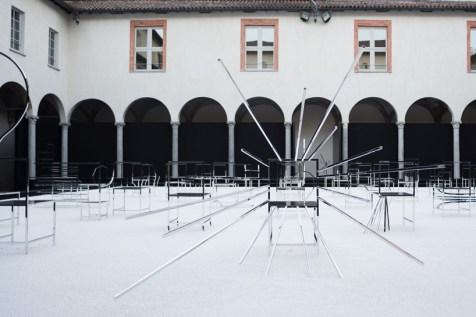 nendo-50-manga-chairs-milan-designboom-05