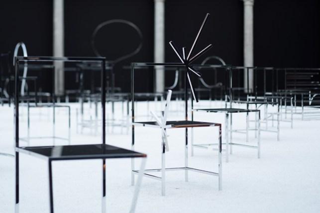 nendo-50-manga-chairs-milan-designboom-06
