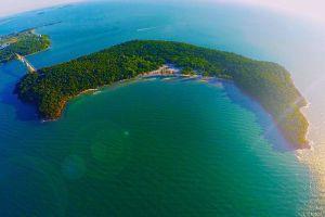 EDM Island