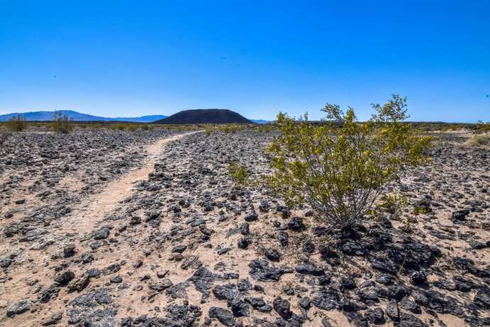 amboy-crater-route-66 (3)