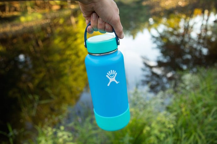 insulated-water-bottle-travel-mug-pint (7)