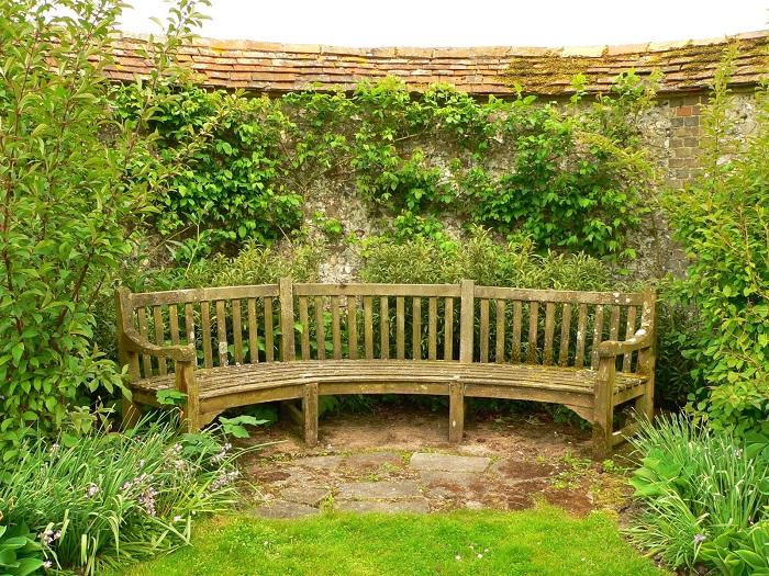 Ideas to brighten up your garden