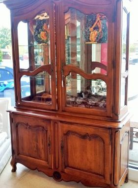 Vintage Ethan Allen French Country China Cabinet