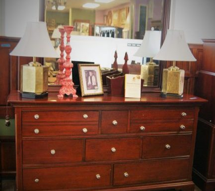 Dresser With Mirror Night Stand-Headboard and Foot Board And Rails Set