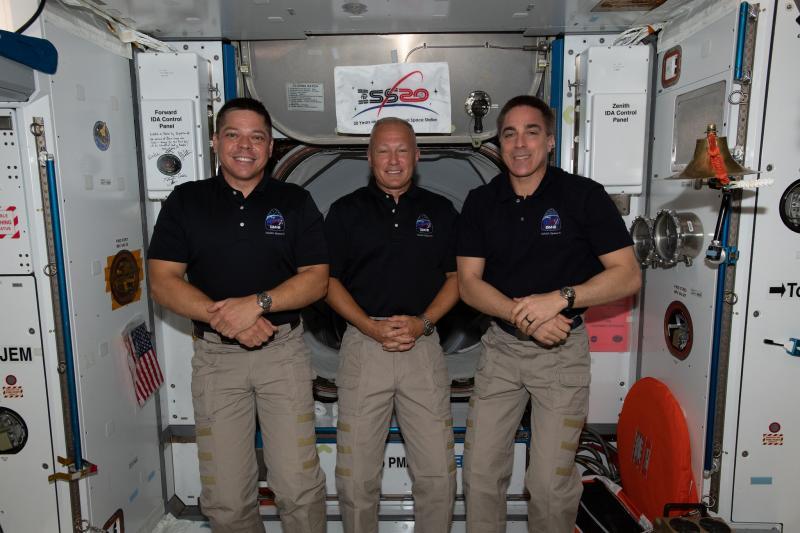 Astronauts Set To Return To Earth In First U.S. Splashdown ...