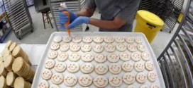 Lawsuit: Competitor's Smiley Face Cookies 'confusingly similar'