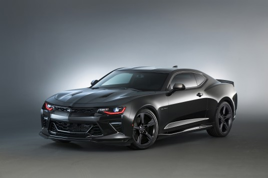 Camaro Black concept – This is a blacked-out vision of the Camaro SS, it wears a Mosaic Black Metallic exterior with darkened trim all around, tinted glass and black 20-inch wheels. A lowered suspension completes the sinister stance.