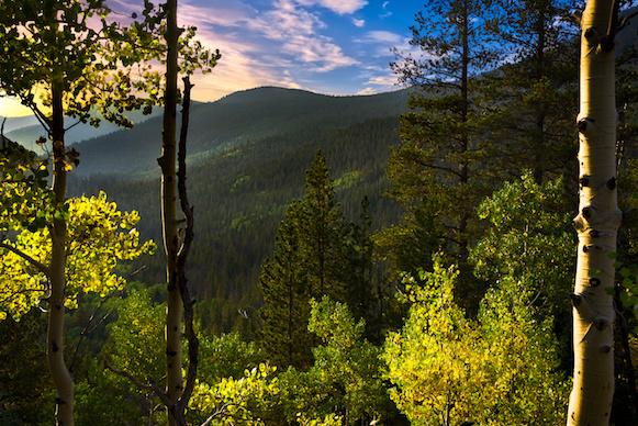 Aspen Mountains Colorado pc Adobestock