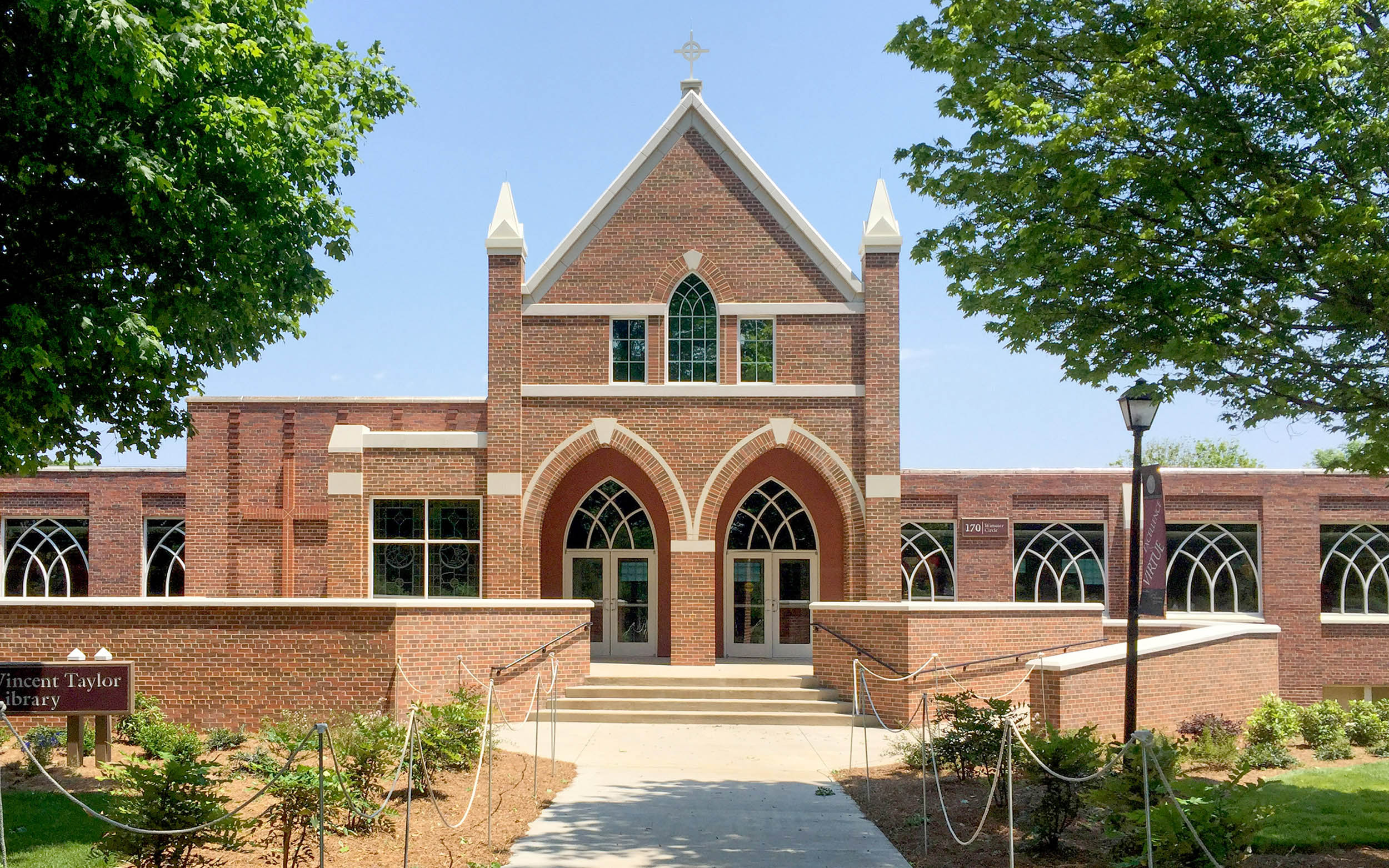 Belmont Abbey College Library