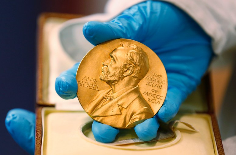 2 scientists win Nobel chemistry prize for gene-editing tool | WGN Radio  720 - Chicago's Very Own